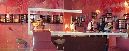 Arredamento per il vino esigo su misura for Arredamento wine bar