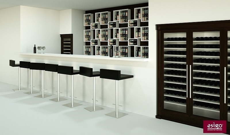 Gallery arredamento esigo per wine bar for Arredamento cantina